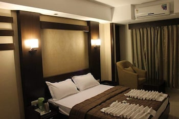 Picture of GreenWood Inn & Suites in Mysore