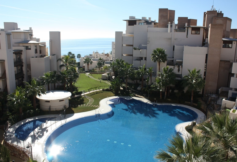 3 Bedroom Apartment With Private Pool, Estepona