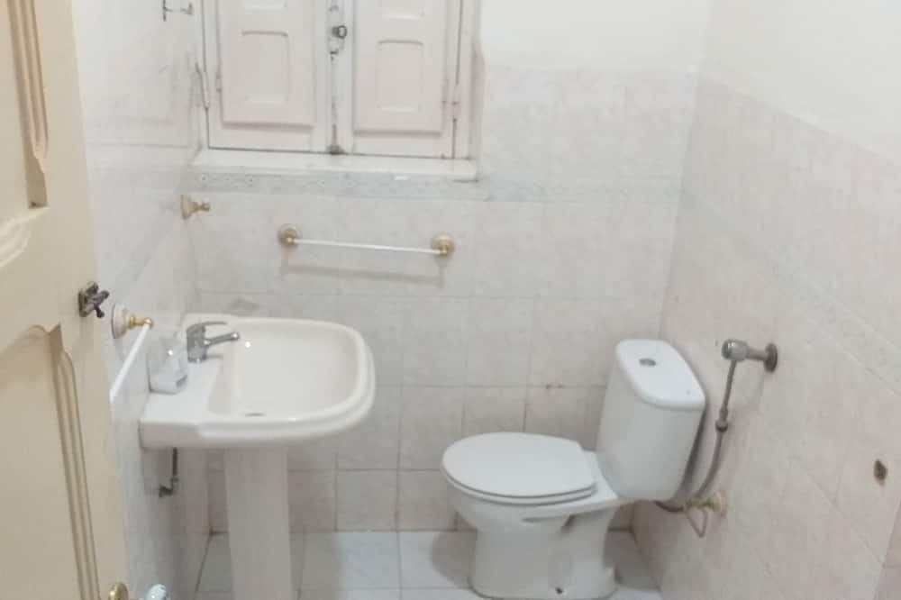 Economy Double Room, Shared Bathroom - Bathroom