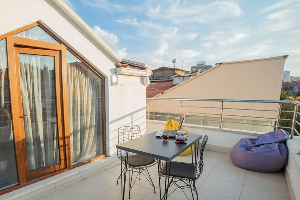 Luxury Çatı Katı Süiti (Penthouse) - Balkon