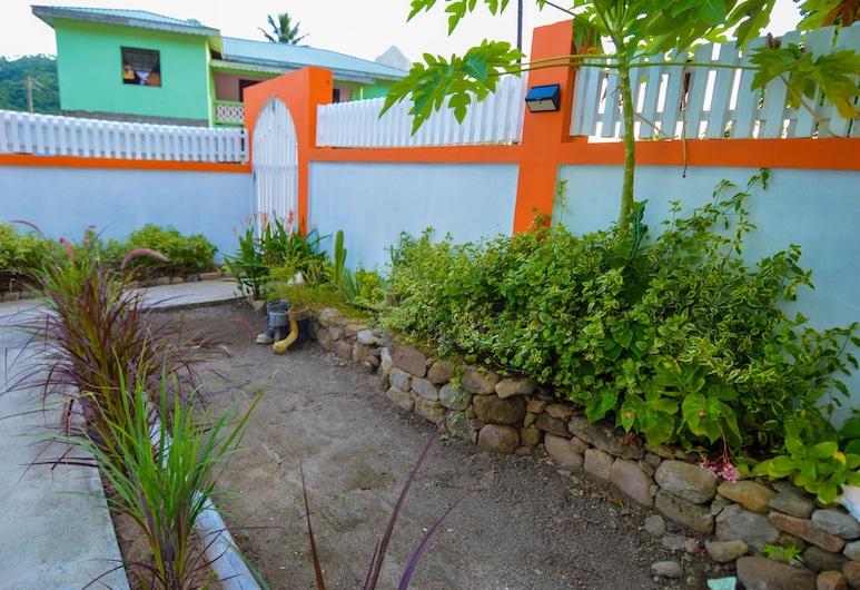 Frenz, Soufrière, Jardín