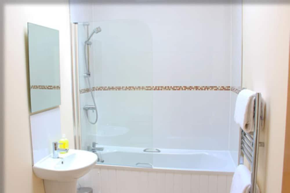 Rekreačná chata, 1 extra veľké dvojlôžko - Kúpeľňa