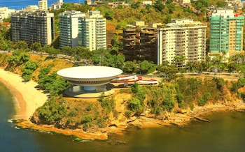Enter your dates for our Niteroi last minute prices