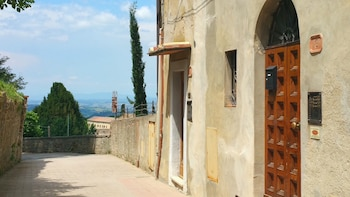 Picture of Duccio Nacci Rooms in San Gimignano