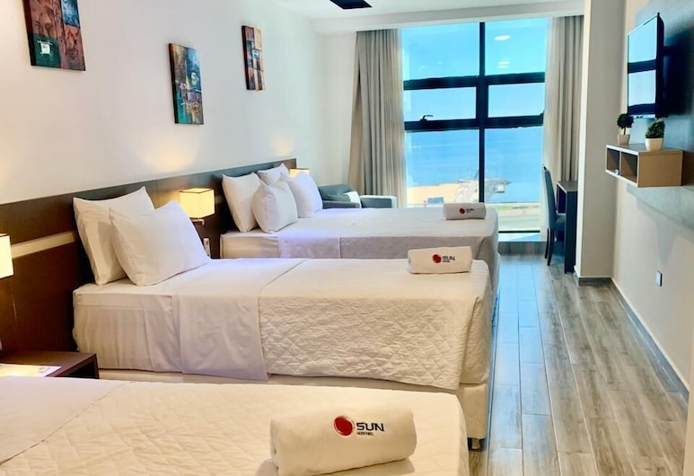 Sun Hotel, Encarnacion, Superior Quadruple Room, Guest Room