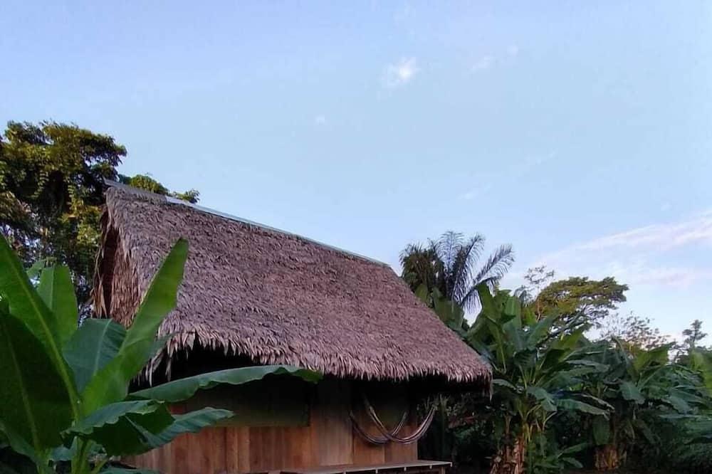 Dobbeltrom – basic - Utsikt mot hage
