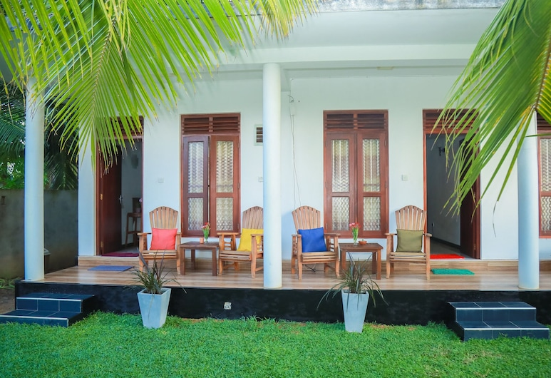 Hasaranga Holiday House, Hikkaduwa