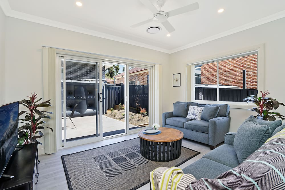 Executive House - Living Area