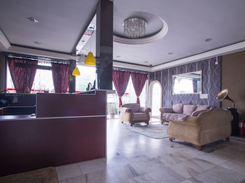 Picture of OYO 44010 Royals Star Hotel in Seremban