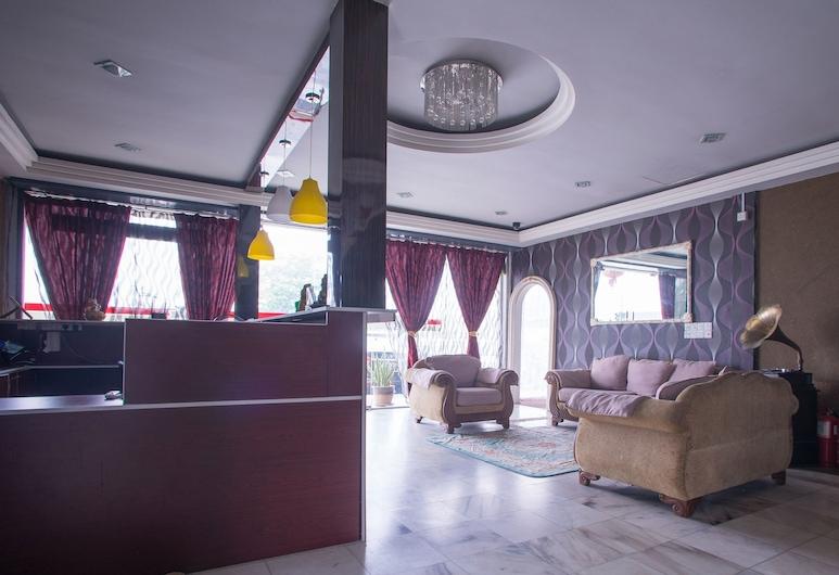 OYO 44010 Royals Star Hotel, Seremban, Puhkeala fuajees