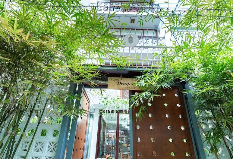 Cozrum Homes Dragon House, Ho Chi Minh City, Ingång till boendet