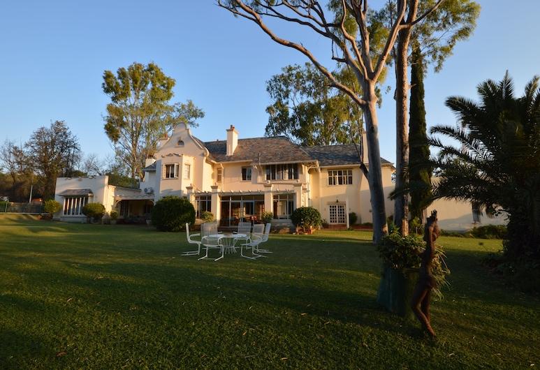 Sondela Guest House, Bulawayo, Exterior