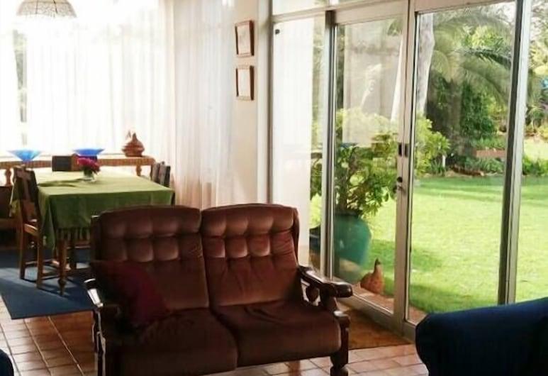 Sondela Guest House, Bulawayo, Salón del hotel