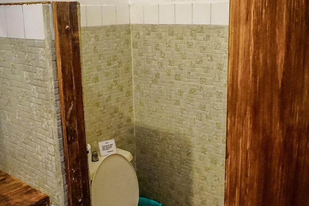 Deluxe Twin Room, Beach View - Bathroom
