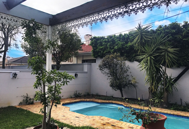 Selton Guest House , Cape Town, Pool
