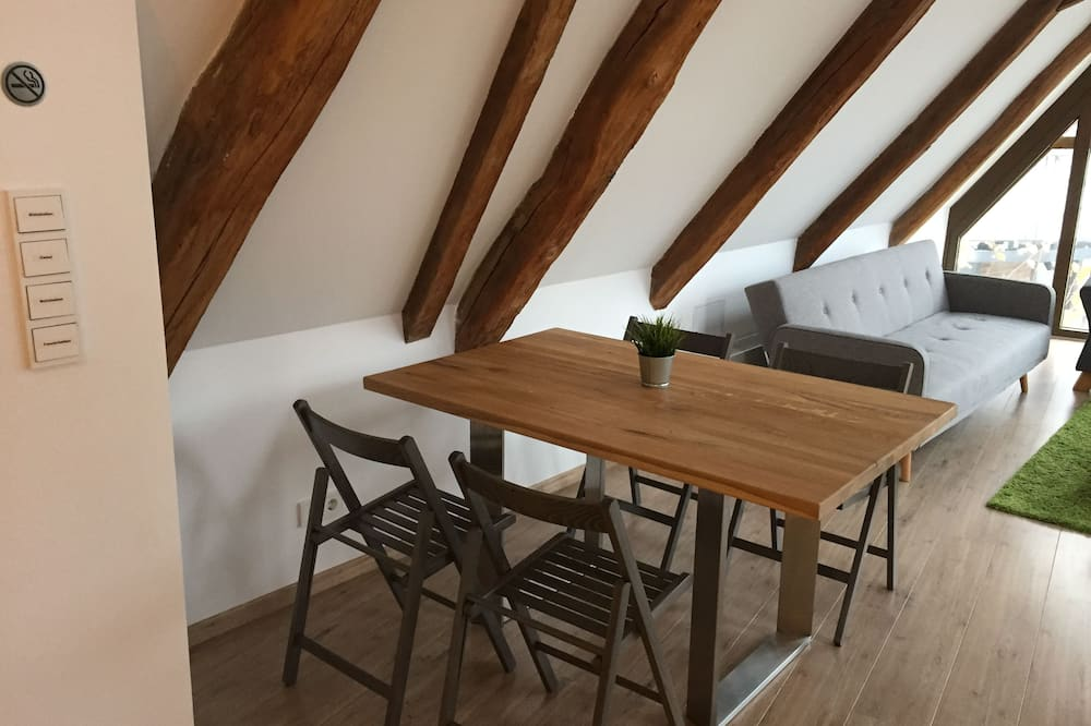 Appartement (3.6, incl. Cleaning and bed linen fee) - Restauration dans la chambre