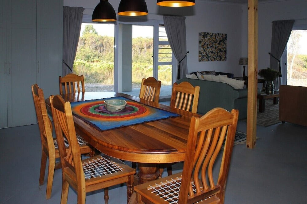 Luxus házikó - Étkezés a szobában