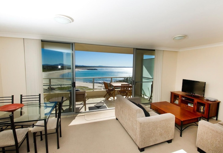 Beachpoint Unit 402, Forster, Living Room