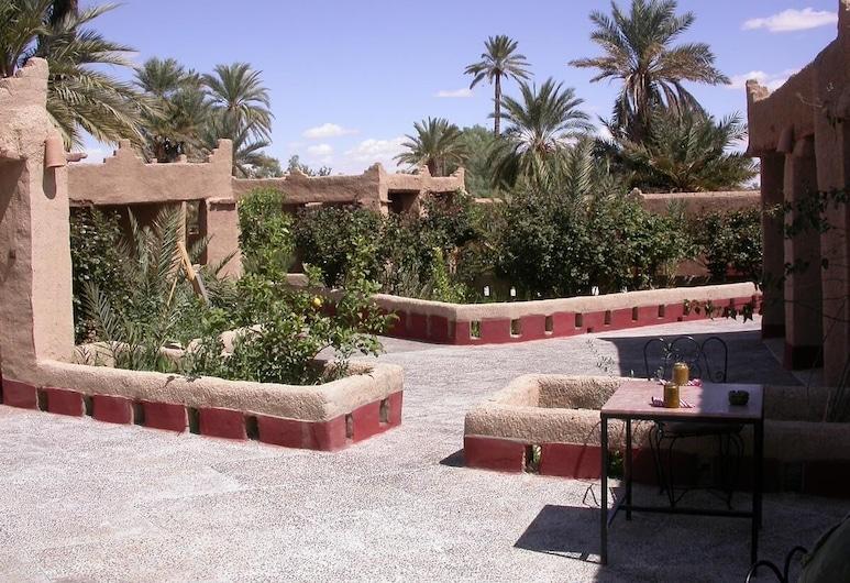 Gite Elkhorbat, Ferkla El Oulia, Hotelgelände
