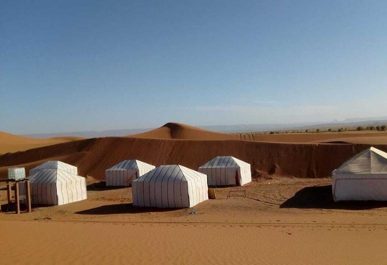 Desert Atmospher Camp, Mhamīd el Gīzlāna