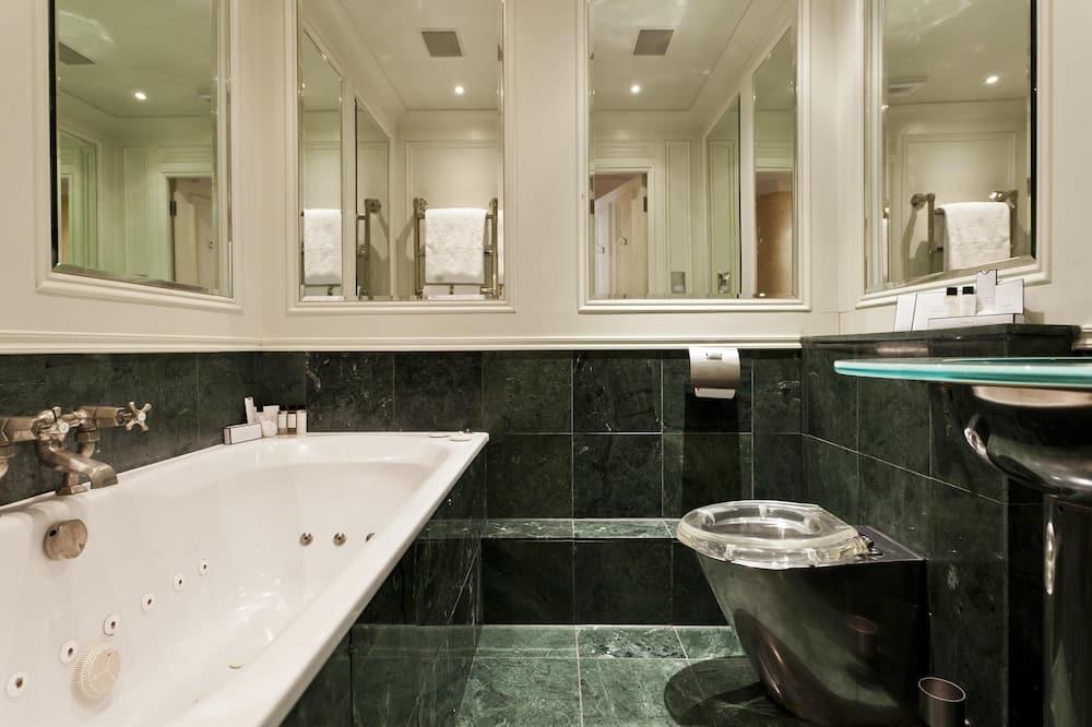 Huoneisto (2 Bedrooms) - Kylpyhuone