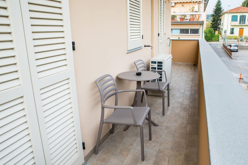 Junior Apartment, 1 Bedroom (206) - Balcony