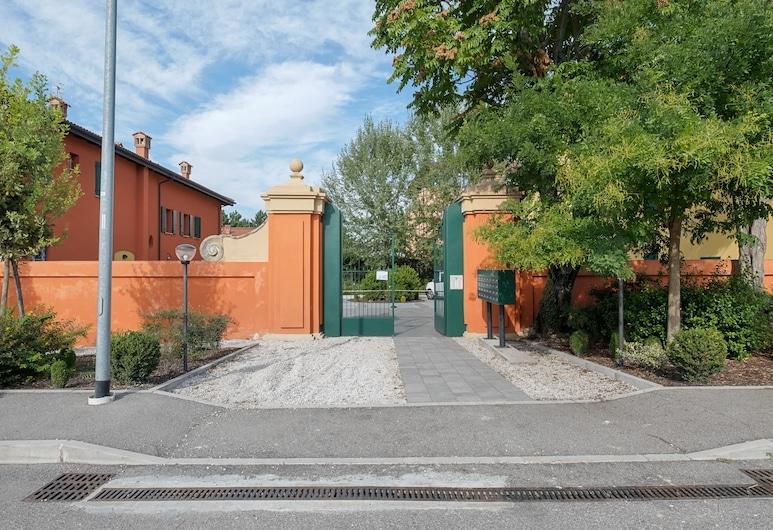 A Due Passi Da Fiera Bologna Flat, Bologna, A szálláshely bejárata