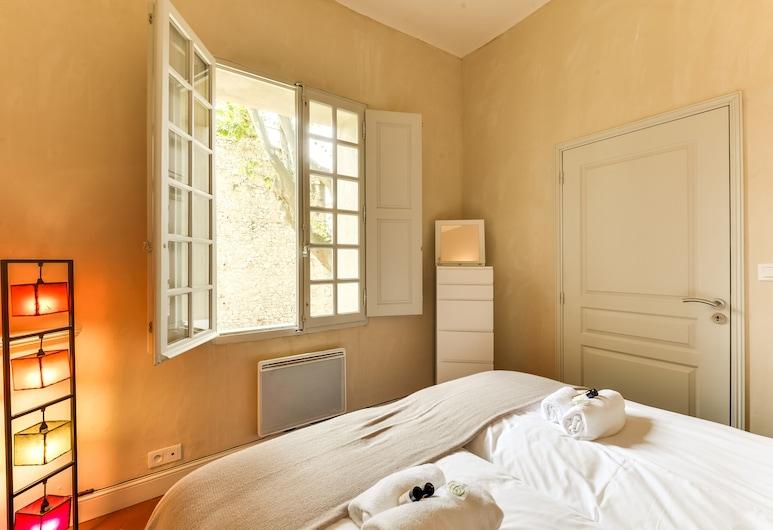 Avignon / Provence / Luberon / Alpilles Senchon De Bournissac, โนฟส์, อพาร์ทเมนท์, 2 ห้องนอน, ห้องพัก