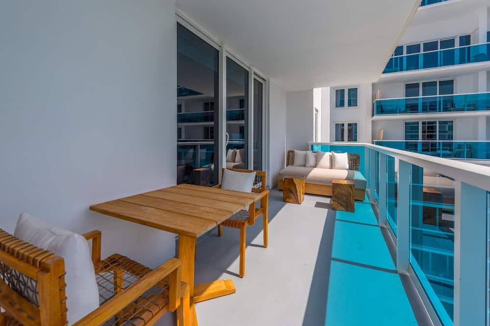 Byt, 3 spálne - Balkón
