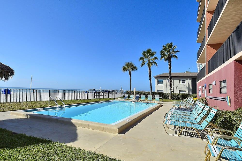 Appart'hôtel, plusieurs lits (Emerald Isle 502 Beach front w/huge b) - Piscine
