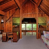 House, Multiple Beds, Kitchen, Mountain View - Room