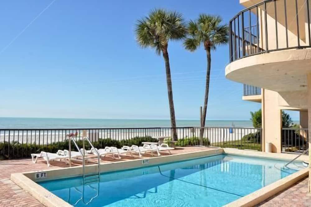 Appartement, plusieurs lits, vue plage (Trillium 2B Beach View from ALL rooms) - Piscine