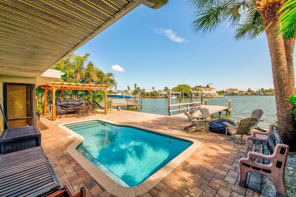 منزل - عدة أسرّة (Manatee Home Private Pool, Water fron) - حمام سباحة