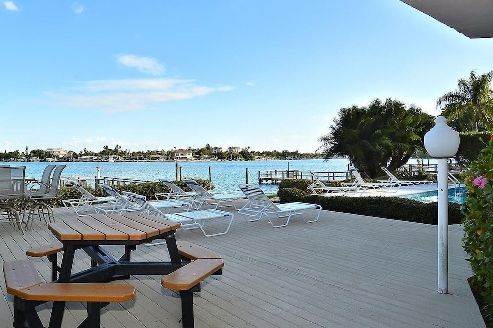 Condo, Multiple Beds (Amadeus 2 Top Location/Steps to beach) - Pool