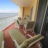 Butas, Kelios lovos (Tides 642 Luxurious pools/Hot tubs/Gr) - Balkonas