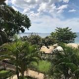 Deluxe Tek Büyük Yataklı Oda - Plaj/Okyanus Manzarası