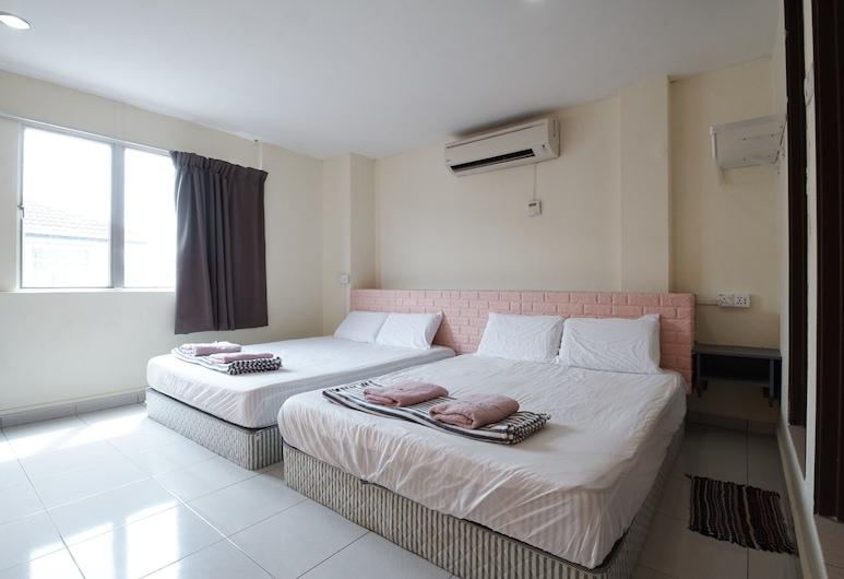 Bangi Budget Hotel, Kajang, Family Double, Guest Room