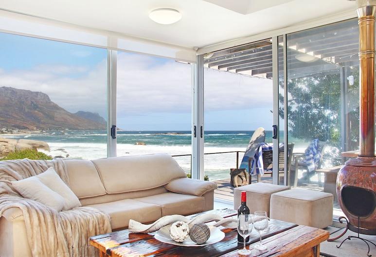 Glen Beach Vista, Cape Town, Family Bungalow, Living Room