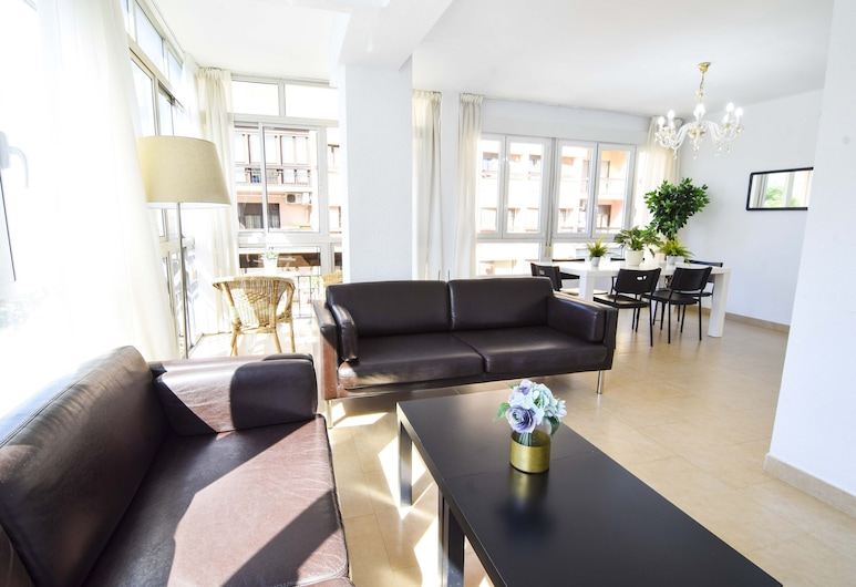 Letmalaga Compas, Málaga, Apartment, 3 Bedrooms, Room