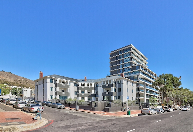 Warwick Mansions, Cape Town