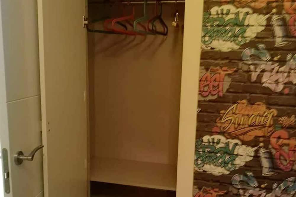 Apartamentai, vaizdas į miestą - Kambarys