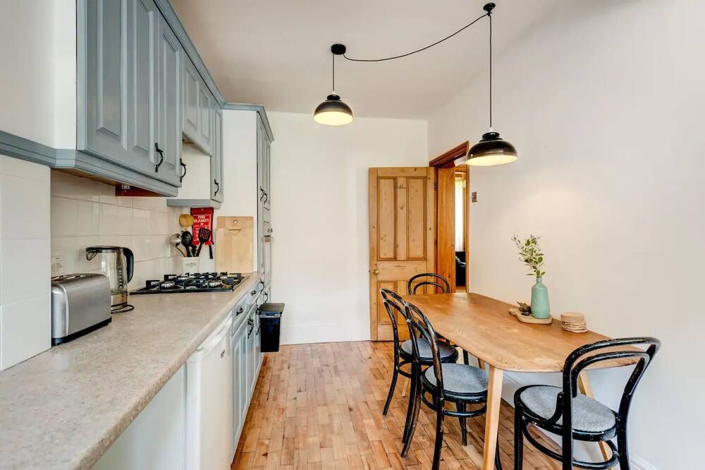 Házikó, 2 hálószobával - Étkezés a szobában