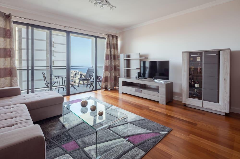 Апартаменты, 2 спальни, вид на море - Зона гостиной