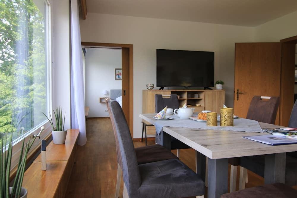Апартаменты (Talblick 5*) - Обед в номере