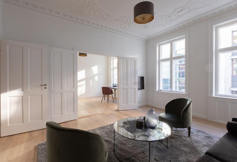 Absolute Deluxe Apartment Kongens Nytorv 3BR, Copenhagen, Deluxe Apartment, Living Area