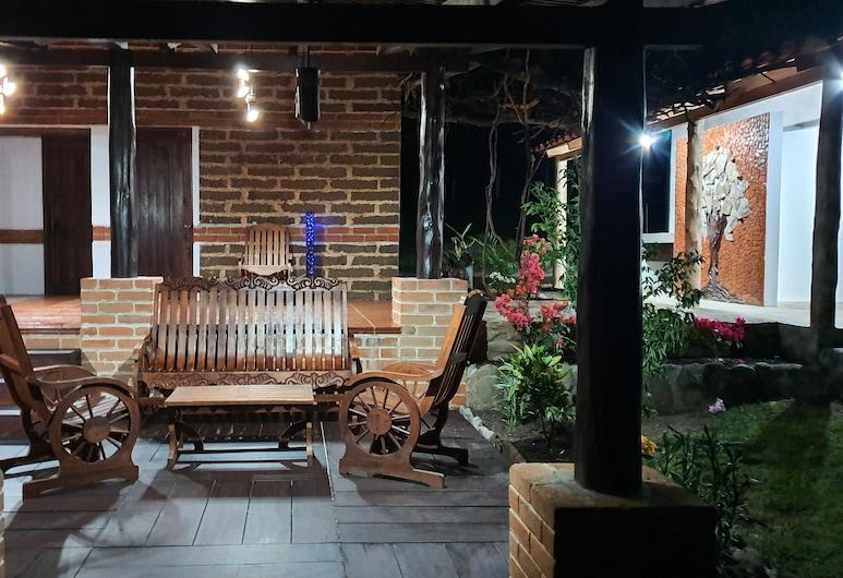 أثييندا ديل كافيه, هويهويتينانغو, منطقة الجلوس في الردهة