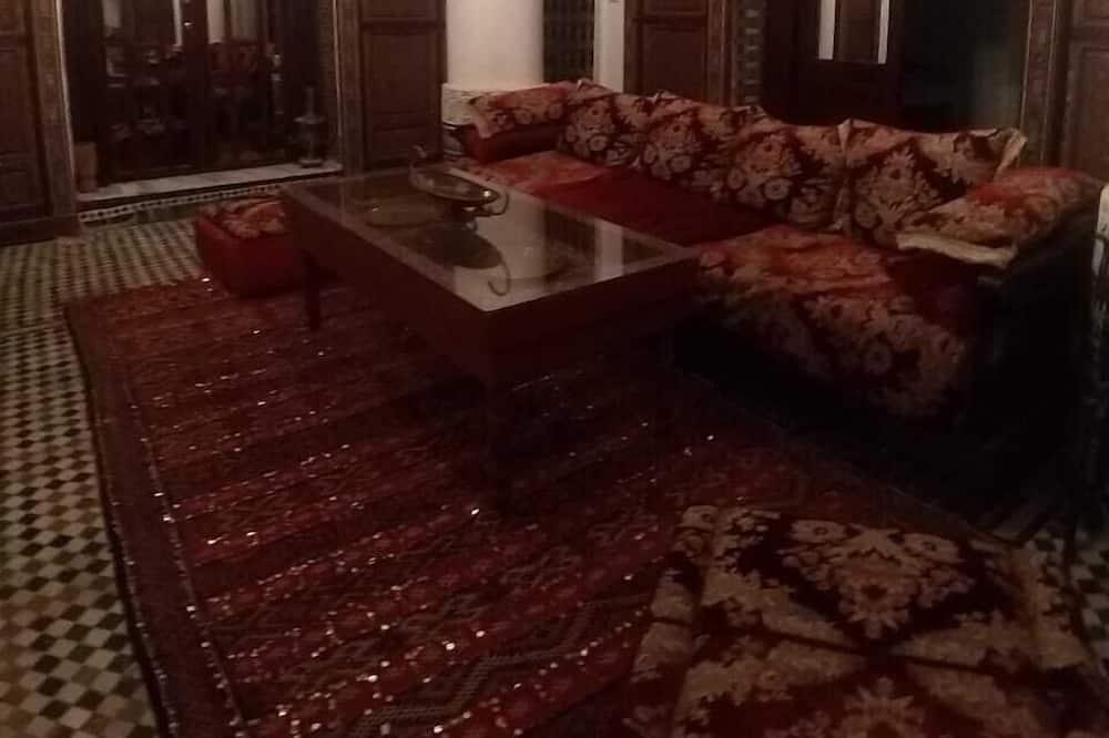 Luksusa numurs, skats uz pilsētu - Dzīvojamā istaba