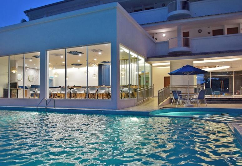 AVI Pangkor Beach Resort, Pangkor Island, Outdoor Pool