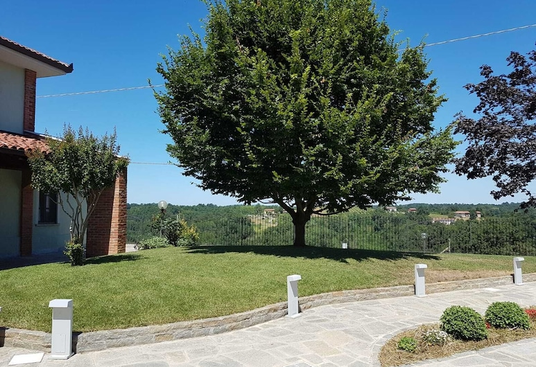 กาซาแซร์รา, Asti, สวน