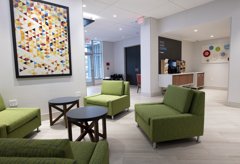 Holiday Inn Express & Suites Jersey City - Holland Tunnel, an IHG Hotel, Jersey City, Lobby